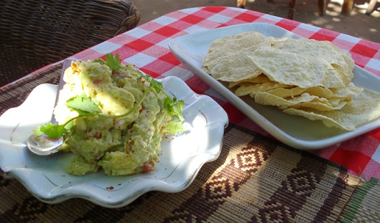Papadum with Guacamole at the Moon, Bagan